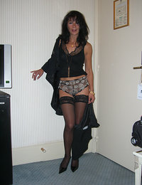 smoking hot moms in stockings