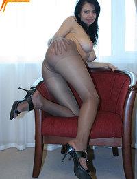 Teen pantyhose lover girl