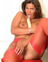 Smoking hot red nylons