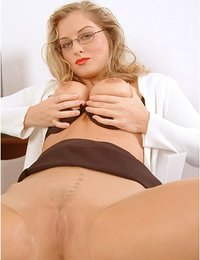 Hot secretary in pantyhose