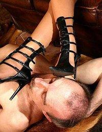 Lick me good