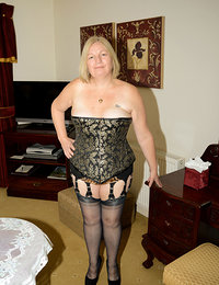 hot older ladies in heels and stockings pinterest