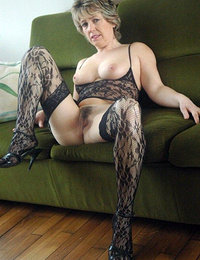 hot older women in heels and stockings pics